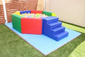 Octagon Ball Pit with Soft Play Slide BT78